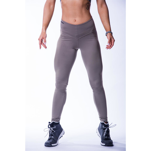 Nebbia Beautiful Inside and Out Frauen High Waist Scrunch Butt Leggings 604 (Mocha)
